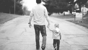 Affidamento esclusivo al padre se la madre ostacola la bigenitorialità. (Corte di Cassazione, Sezione Civile n. 25339 del 20.09.2021).